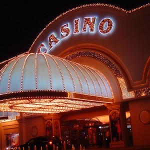 Casino & Club